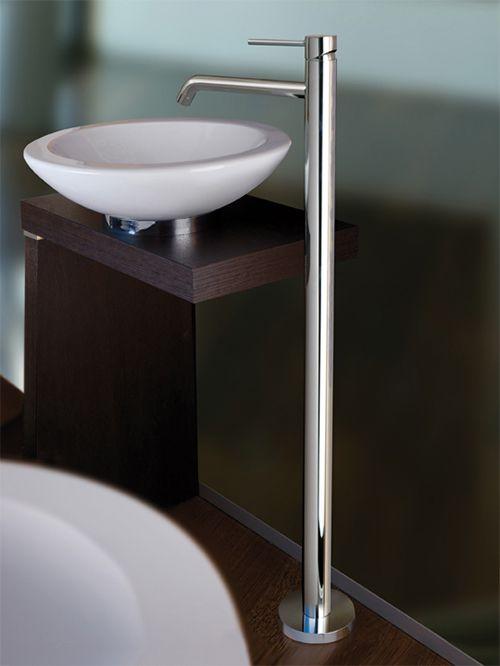 Light piantana lavabo