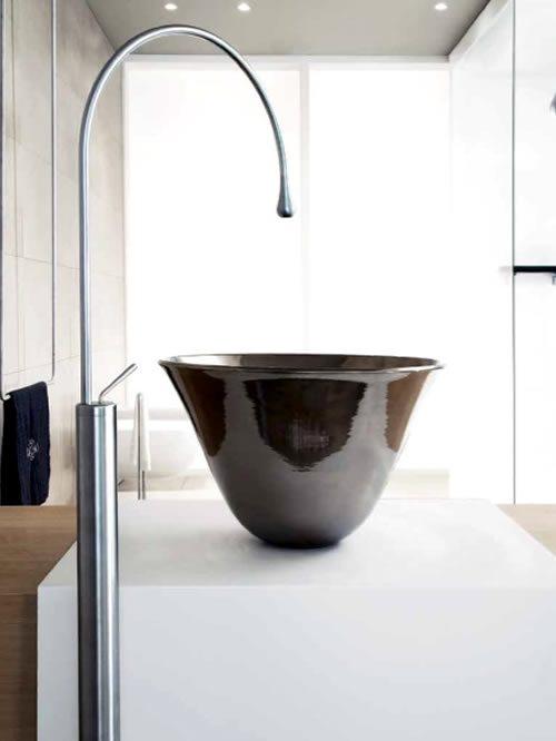 goccia piantana lavabo
