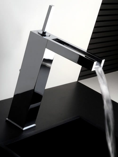 rettangolo cascata miscelatore lavabo