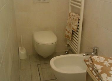 Dimensione dei sanitari nei bagni piccoli acquablu arredamento bagno